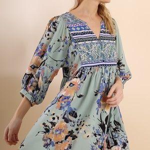 Umgee Sage V-Neck Floral Peasant Dress